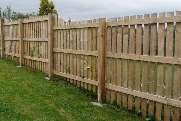 Garden Fencing Services - Murphys Nationwide Power Washing and Gardening